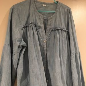 Old Navy light blue Chambray top w/ pouffy sleeves